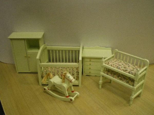 5 Piece Pale Green Nursery Set. Dolls House Emporium. 4436.